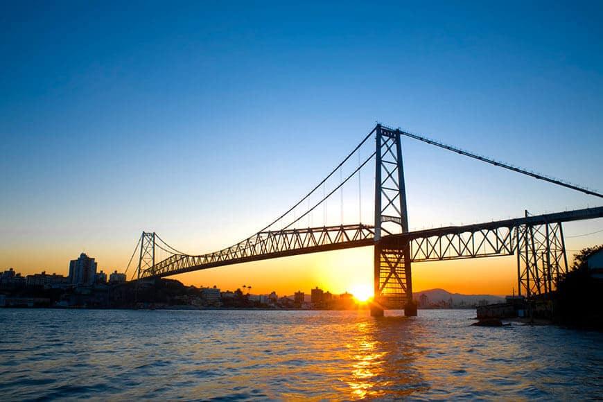 Ponte Hercílio Luz, e pontos turísticos